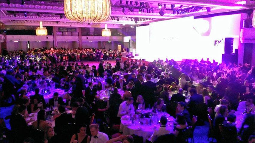 Madhen FX-Awards-Crowd